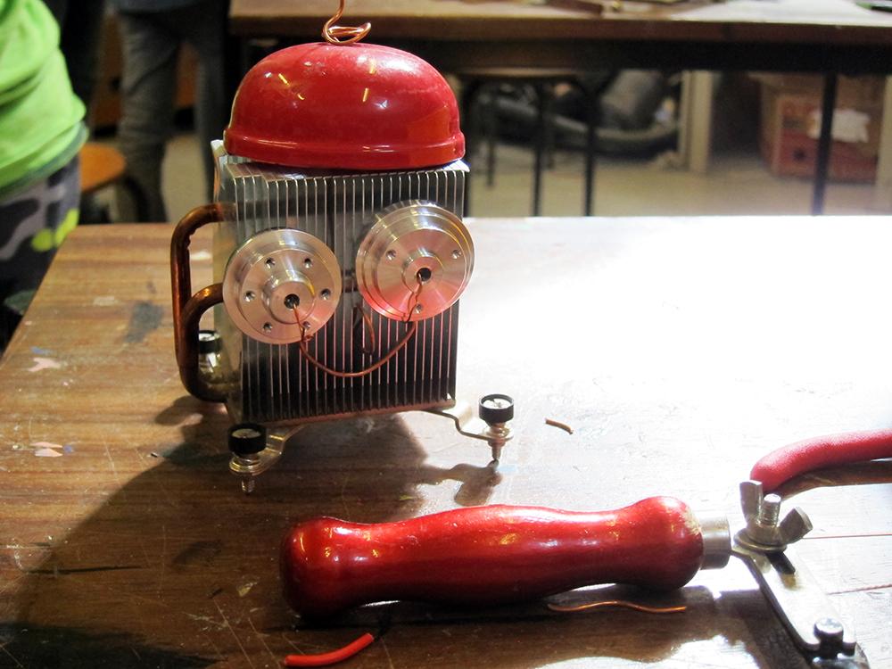 robot van computeronderdelen